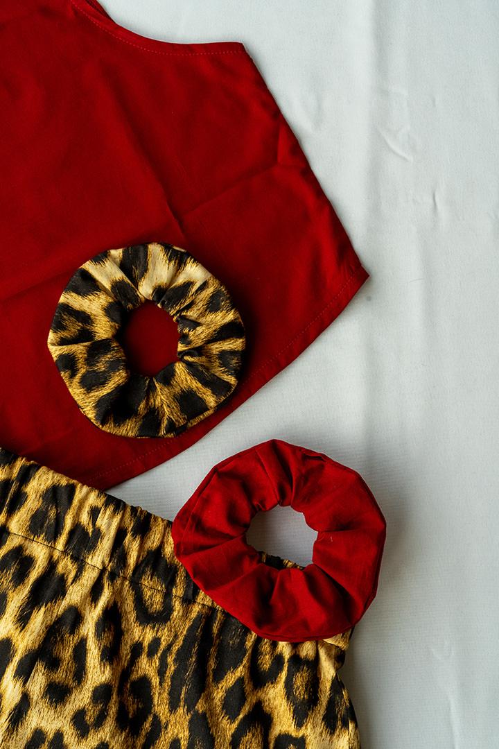 COLECCIÓN-SOLSTICIO-conjunto-leopardo-y-rojo