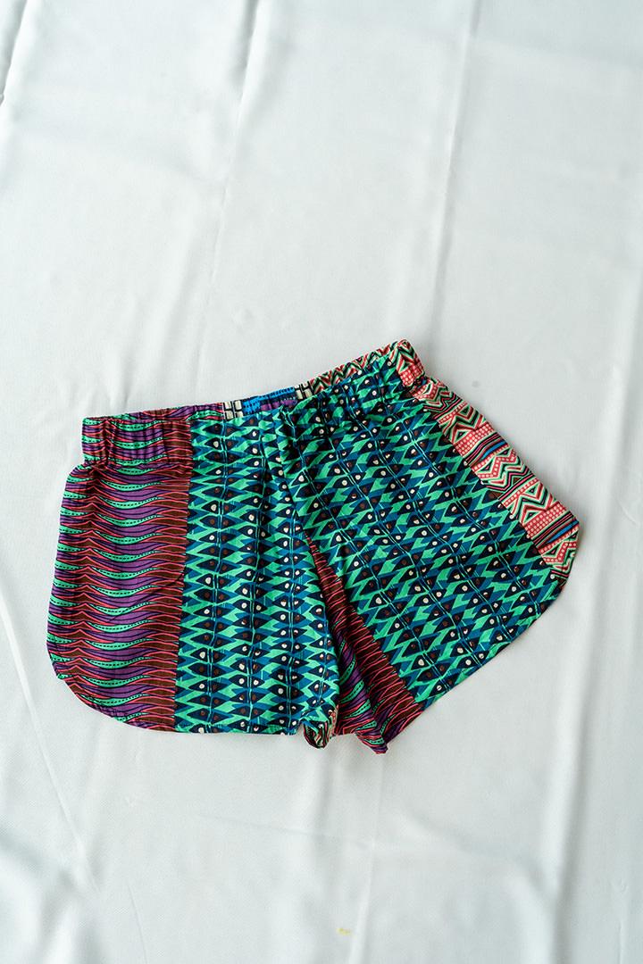 COLECCIÓN SOLSTICIO shorts navajo
